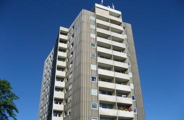 Jätten 7, Västra Storgatan 33